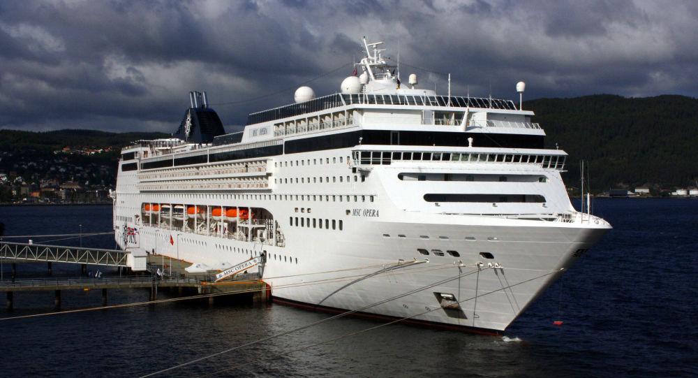 Un nouveau Diamond Princess? Plus de 2.000 passagers confinés sur un paquebot à cause du coronavirus