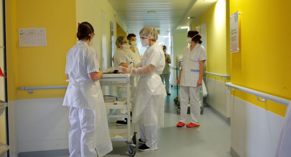 Des voisins demandent à une aide-soignante de Toulouse de déménager par peur du coronavirus - photo