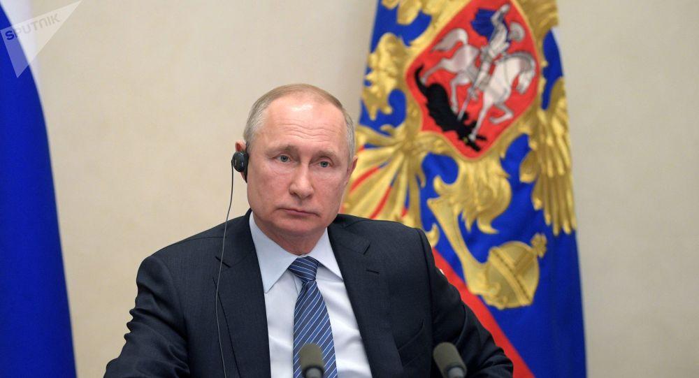 Poutine appelle à aider l'Afrique face au coronavirus