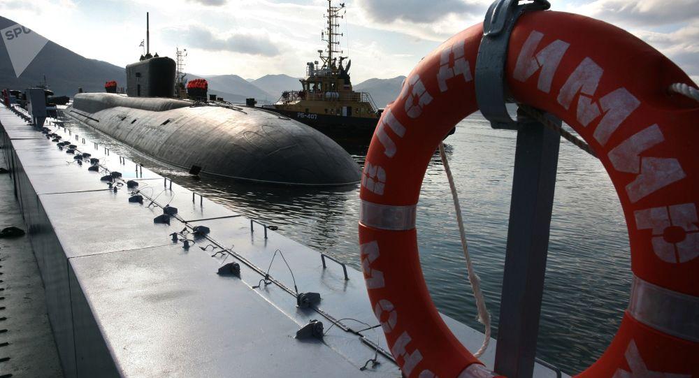 Les sous-marins russes dans l'Atlantique peuvent «menacer» l'Otan, selon le Wall Street Journal