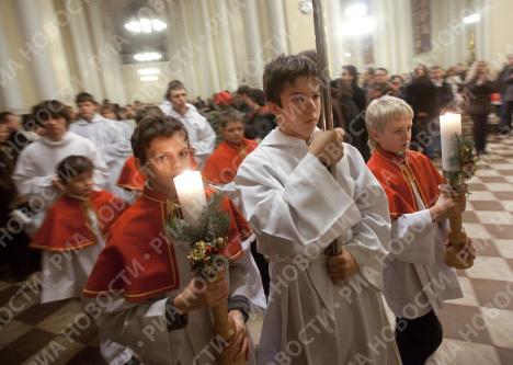 Ночное богослужение в Римско-католическом кафедральном соборе