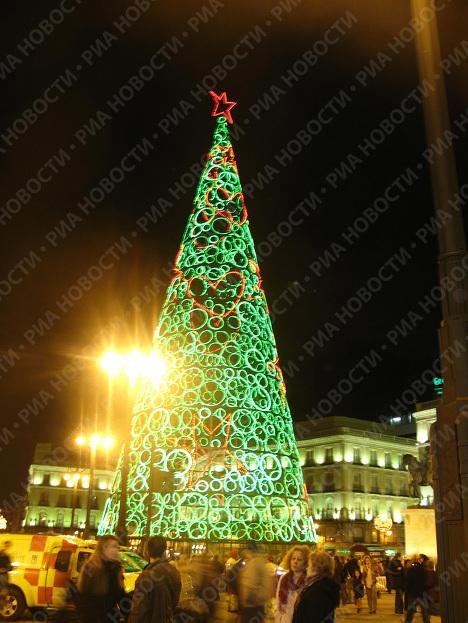 Рождественская иллюминация в Мадриде