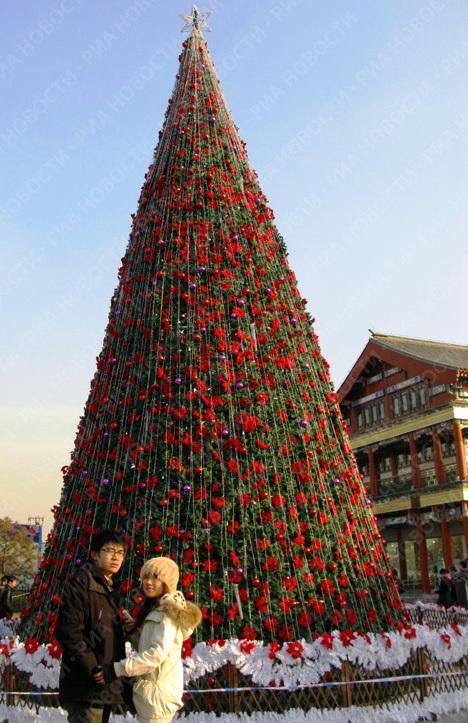 Новогодняя елка в центре Пекина