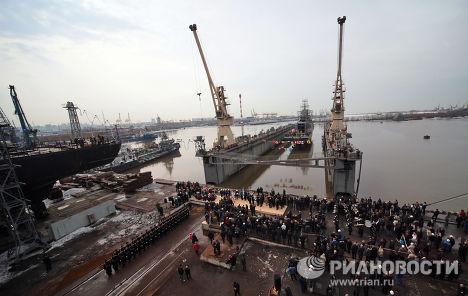 Une nouvelle corvette russe mise à l'eau à Saint-Pétersbourg