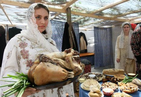 Конкурс Ярмарка традиций на главной площади столицы Чечни