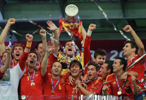 Сборная Испании второй раз подряд стала чемпионом Европы по футболу