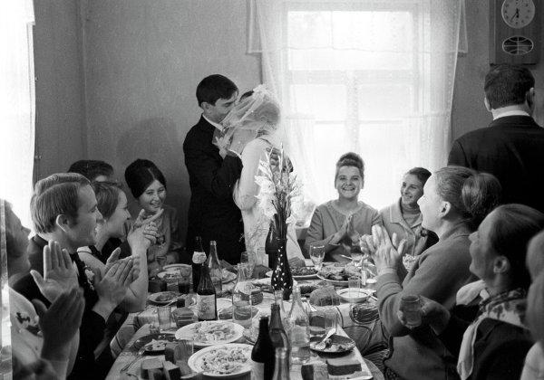 Свадьба Елены и Ильи Кисилевых в колхозе Новый быт