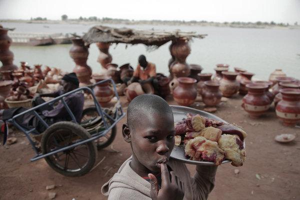 Dans le port de la ville de Mopti, au Mali