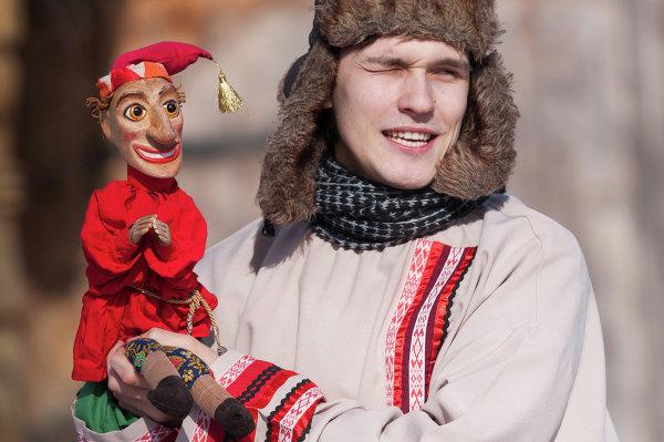 Празднование Масленицы в Санкт-Петербурге