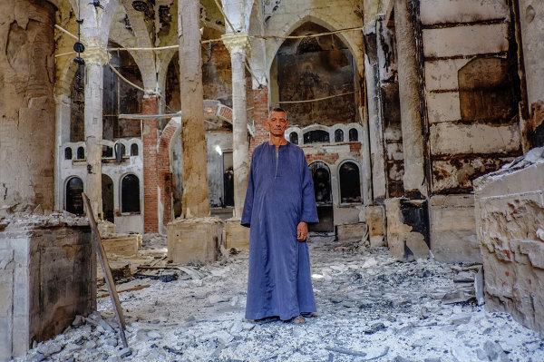 Egypte: les églises chrétiennes incendiées