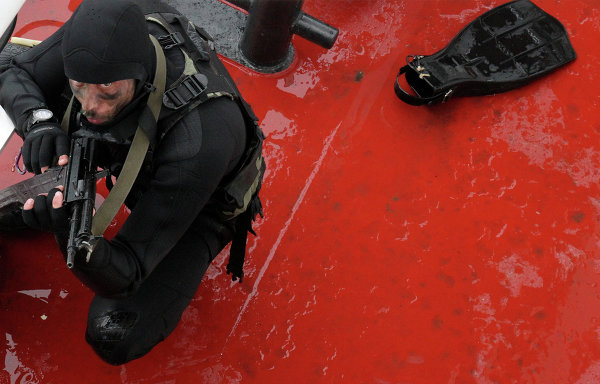 Показательные учения морских пограничников в Приморье. Фото с места события.