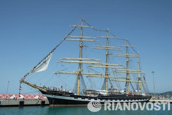 Черноморская регата больших парусников